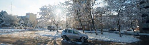 Морозное утро в городе стоковые изображения
