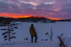 Морозный рассвет на Lake Ladoga стоковое фото rf