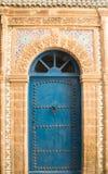 Морокканская голубая дверь Стоковые Фотографии RF