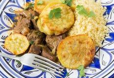 Морокканские говядина и картошка стоковое фото