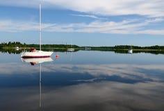 морская вода отражений залива Стоковые Фотографии RF