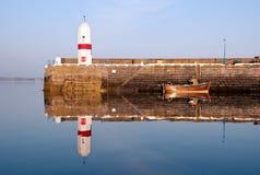 морская вода replection lighouse шлюпки старая Стоковое Фото