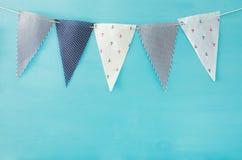 Морские флаги концепции Предпосылка масленицы и вечеринки по случаю дня рождения стоковые фотографии rf