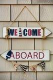 Морское деревянное гостеприимсво на борту знака Стоковое Изображение