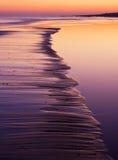 Морское побережье на заходе солнца Стоковое Изображение RF