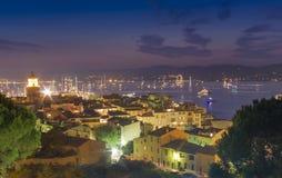 Морской курорт St Tropez, сцена ночи стоковые изображения