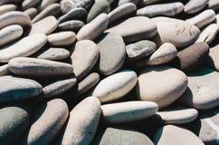 Морской пехотинец естественно округлил гравий, камешки в ряд стоковые изображения