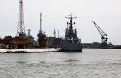 Морской порт в городе Baltiysk Область Калининграда, Россия стоковые фотографии rf