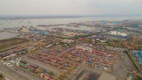 Морской порт груза и пассажира в Сурабая, Ява, Индонезии стоковые фотографии rf
