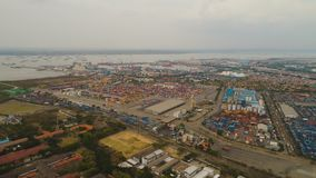 Морской порт груза и пассажира в Сурабая, Ява, Индонезии стоковое фото