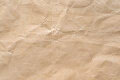 Морщинка Брайна рециркулирует бумажную предпосылку Была скомкана и creased текстура бумаги ремесла стоковое фото rf