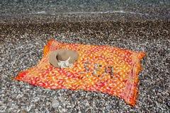 ` Моря ` слова написанное с камешками на пляже 1 100 захватили индюка tiff JPEG iso фильтра поляризовыванного kemer сырцового Стоковое Изображение RF
