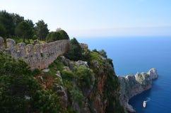 Мор-корабль около крепости Alania в Турции Стоковые Изображения