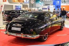 МОСКВА - АВГУСТ 2016: Настраивать GAZ-12 ZIM представил на салоне автомобиля MIAS Москвы международном 20-ого августа 2016 в Моск Стоковая Фотография
