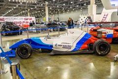 МОСКВА - АВГУСТ 2016: Формула Renault 2 0 гонок SMP представили на салоне автомобиля MIAS Москвы международном 20-ого августа 201 Стоковая Фотография RF