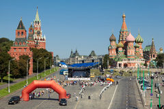 16th Квадрат езды велосипеда призрения красный Стоковые Изображения RF