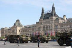Москва, Россия - могут 09, 2008: торжество парада дня WWII победы на красной площади Торжественный проход воинского оборудования, Стоковое Изображение RF