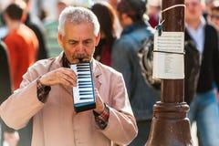 Музыкант улицы на старом Arbat стоковое изображение