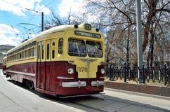 Москва, Россия, 15-ое апреля 2017 Tram MT-82 никакое 1278 с плитой 18 трассы на бульваре Chistoprudny в Москве Стоковое фото RF