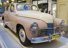 МОСКВА, РОССИЯ 11-ОЕ ИЮЛЯ: Выставка советских винтажных автомобилей в Стоковое Изображение RF