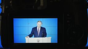 МОСКВА, РОССИЯ - 1-ое марта 2018, передовица: Президент Российской Федерации Владимира Vladimirovich Путина, ежегодный акции видеоматериалы