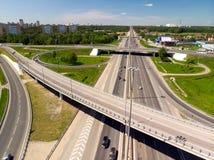 МОСКВА, РОССИЯ - 27-ое мая 2018 взгляд сверху транспортной развязки на шоссе Ленинграда в Zelenograd Стоковое фото RF