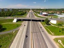 МОСКВА, РОССИЯ - 27-ое мая 2018 Транспортная развязка на шоссе Ленинграда в Zelenograd Стоковое Изображение