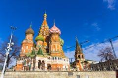 МОСКВА, РОССИЯ - 26-ОЕ ФЕВРАЛЯ 2016: Собор Vasily благословлять, известный как собор базилика Святого Стоковое Фото