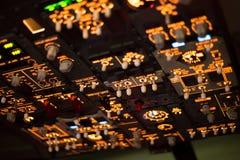Москва, Россия - 18-ое февраля 2015: Имитатор реального полета гидравлический для тренировки пилотов Стоковая Фотография