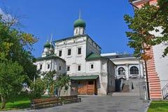 Москва, Россия, построенная церковь сентенции на улице Varvarka 1698-1699 благословленное летами стоковое изображение
