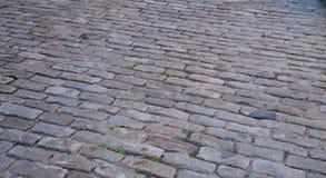 Мостить каменную улицу стоковое фото rf