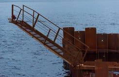 Мостк для восхождения на борт корабля Стоковое Изображение