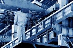 Мостовой кран обслуживания Стоковое Изображение
