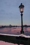 мосты над побеспокоенной водой vltava Стоковое Фото