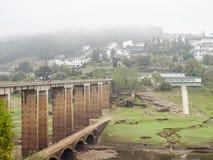 Мосты над рекой Minho - Portomarin стоковые фото