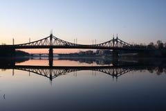 Мосты на реке перед рассветом Стоковое Изображение