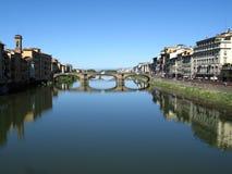 мосты arno над рекой стоковые изображения rf