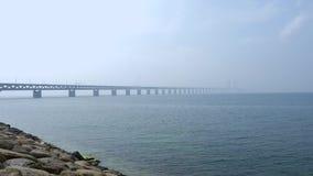 Мост Öresund между Копенгагеном и Malmö, Швецией, Европой видеоматериал