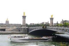 «Мост Александра III» и «грандиозное Palais « Стоковое Изображение RF