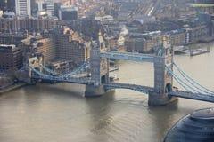 Мост башни в Лондоне - панораме Стоковые Фото