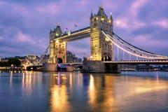 Мост башни над Рекой Темза в Лондоне, Великобритании Стоковая Фотография