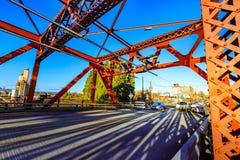 Мост Бродвей в городском Портленде, ИЛИ стоковые фотографии rf