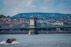 Мост Будапешта Széchenyi цепной от взгляда Дуная Стоковое Изображение