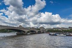 Мост Ватерлоо и Река Темза, Лондон, Англия, Великобритания Стоковая Фотография RF