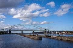 Мост двадцатипятилетнего юбилея, канал корабля Манчестера, Англия Стоковая Фотография RF