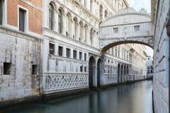 Мост вздохов, никто в Венеции, Италии стоковая фотография