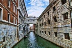 Мост вздохов в Венеции Италии Стоковое Изображение RF