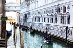 Мост вздохов в Венеции Стоковые Фото