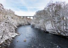 Мост-водовод Pontcysyllte около Llangollen в Уэльсе с снегом Стоковые Фото