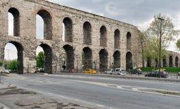 Мост-водовод Valens, римский мост-водовод, был главной водой обеспечивая систему восточной римской столицы Константинополя Стамбу Стоковое Фото